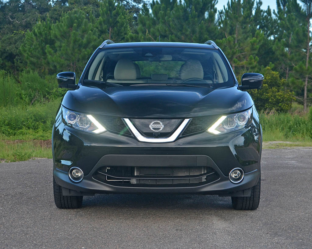 2017 nissan rogue sport sl awd review test drive. Black Bedroom Furniture Sets. Home Design Ideas