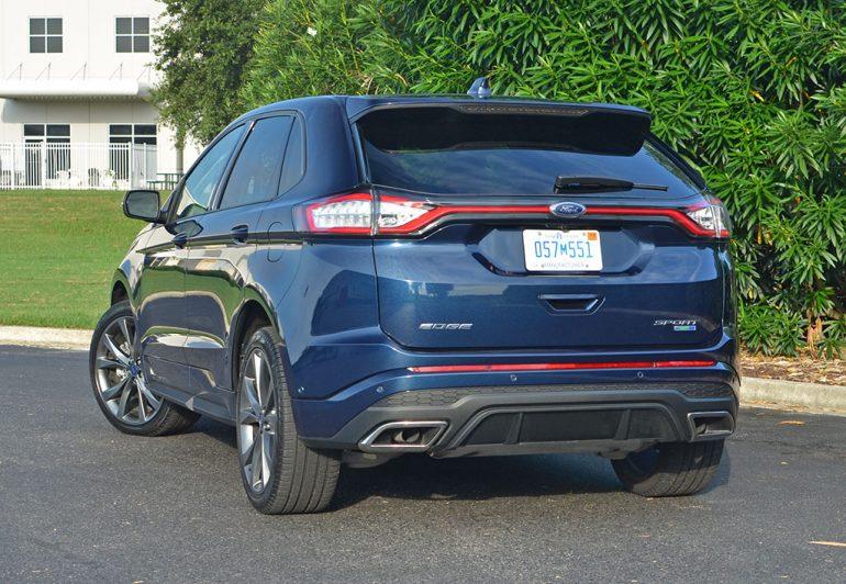 2017-ford-edge-sport-rear-1