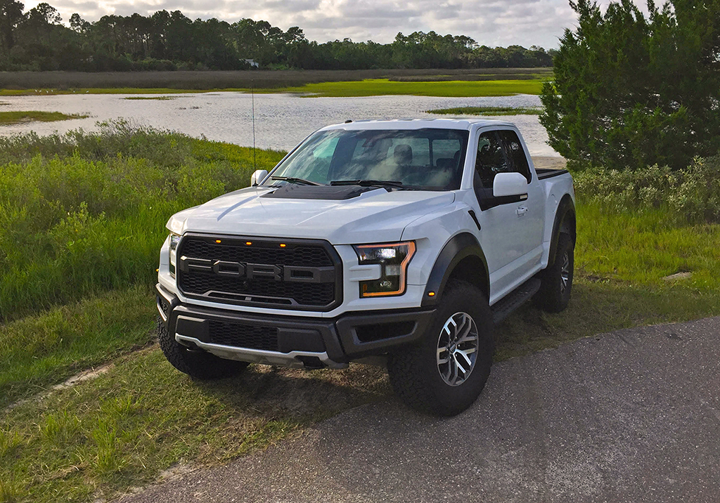 Ford Super Truck >> 2017 Ford F-150 Raptor SuperCab Review & Test Drive