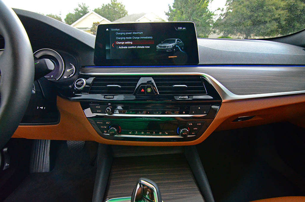 2018 Bmw 530e Center Dashboard