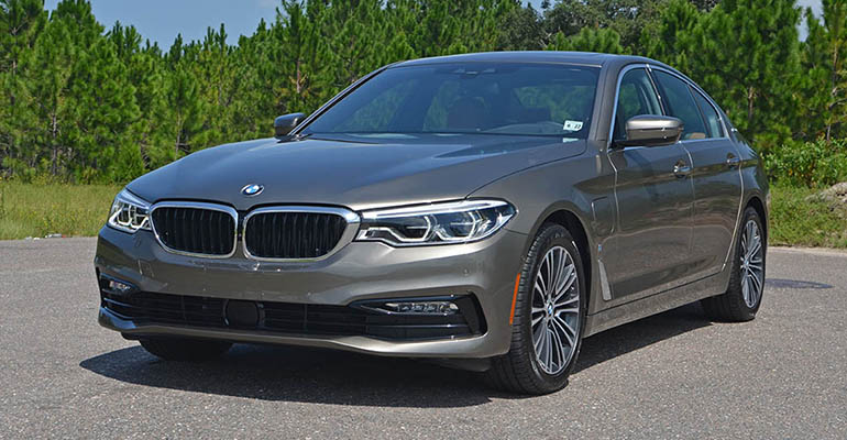 2018-bmw-530e-feature-2