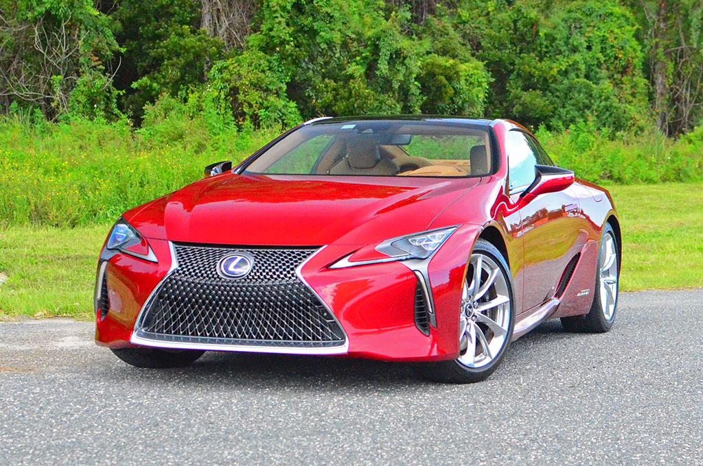 http://www.automotiveaddicts.com/wp-content/uploads/2017/09/2018-lexus-lc500h.jpg