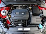 2017-volkswagen-golf-alltrack-engine
