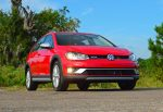 2017-volkswagen-golf-alltrack-low