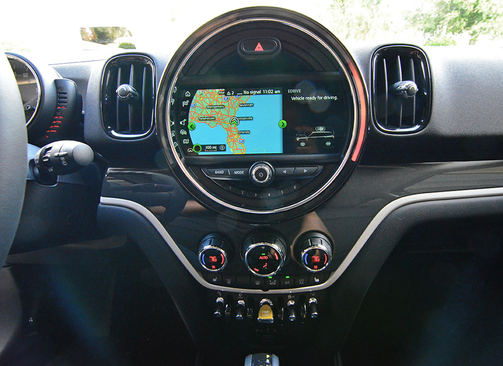 2018 Mini Cooper S E Countryman ALL4 Plug-In Hybrid Review & Test Drive