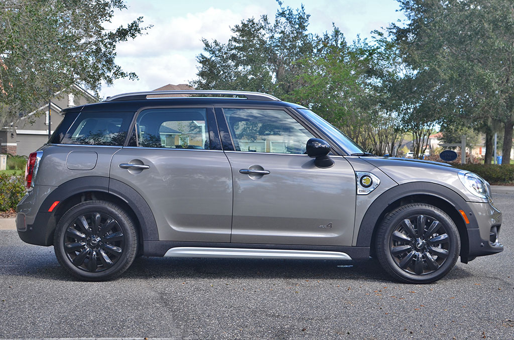 2018 mini cooper s e countryman all4 plug in hybrid review. Black Bedroom Furniture Sets. Home Design Ideas