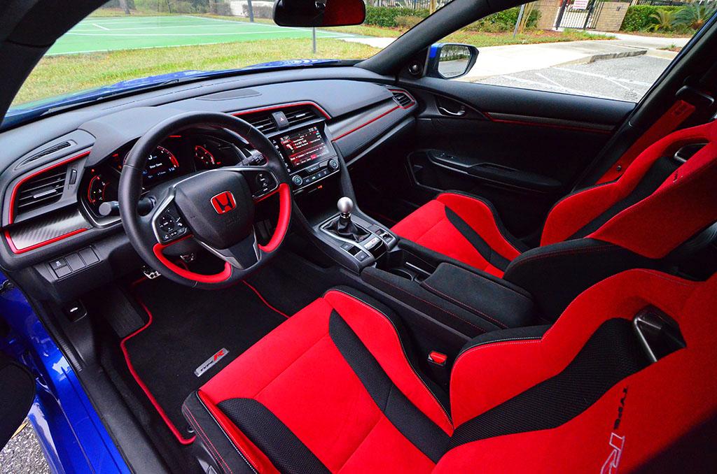 Wondrous 2017 Honda Civic Type R Review Test Drive Creativecarmelina Interior Chair Design Creativecarmelinacom