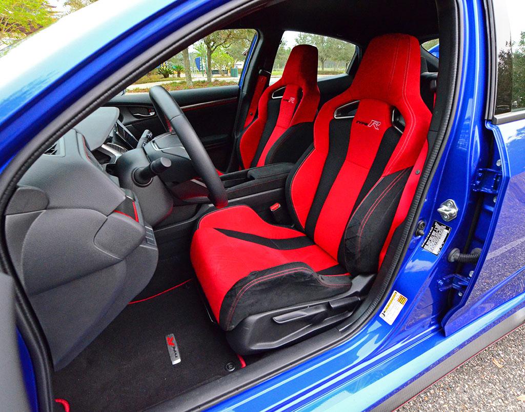 2017 honda civic type r review test drive motors master - 2017 honda civic type r interior ...