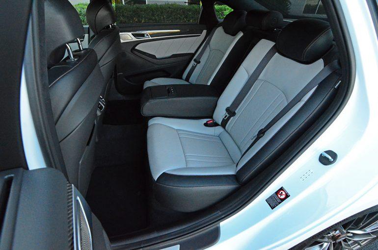 2018-genesis-g80-sport-rear-seats