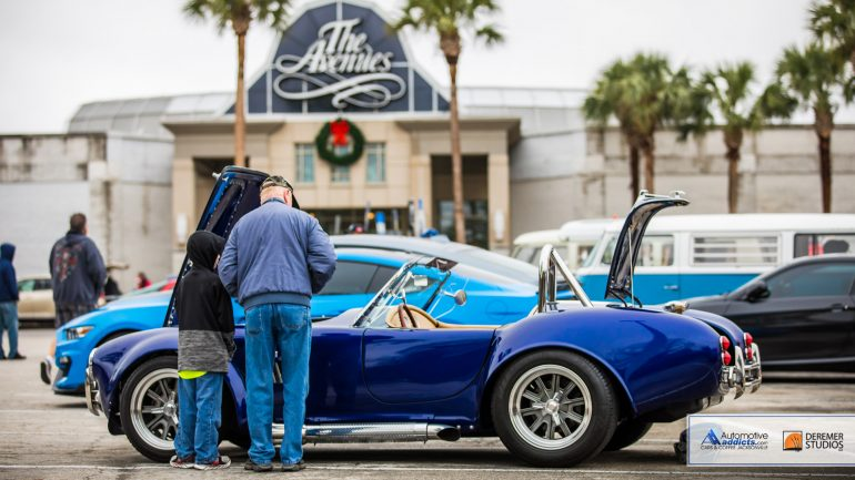 Automotive Addicts Cars & Coffee December 2017 Ushers in Holidays with Cold and Rainy Show