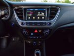 2018-hyundai-accent-limited-sedan-center-dash
