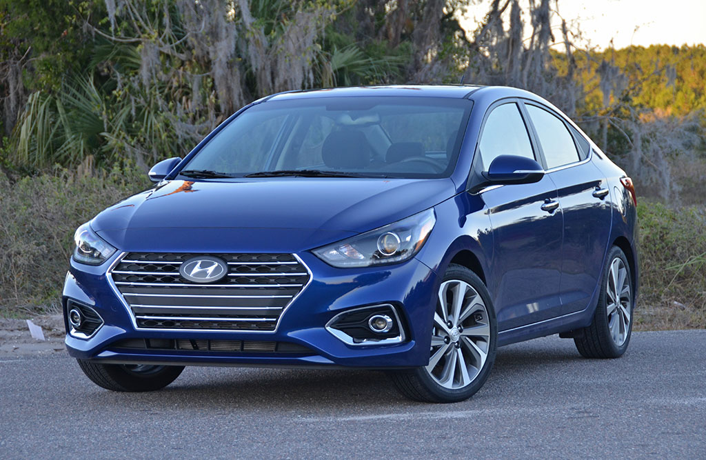 2018 hyundai accent limited first test drive review. Black Bedroom Furniture Sets. Home Design Ideas