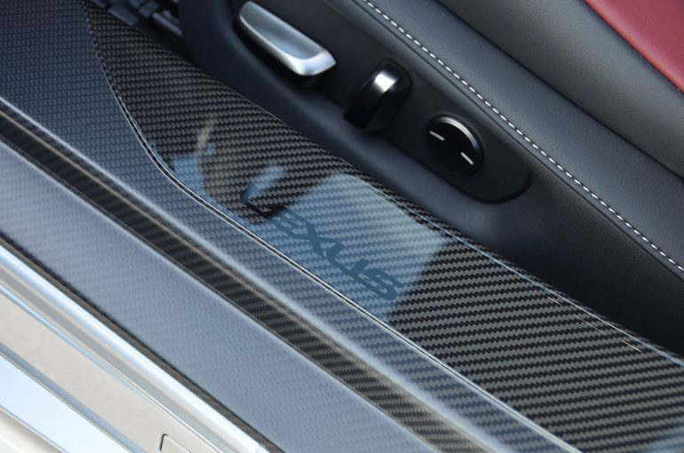 2018-lexus-lc-500-carbon-fiber-door-jam-trim