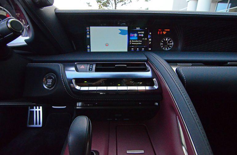 2018-lexus-lc-500-center-dashboard