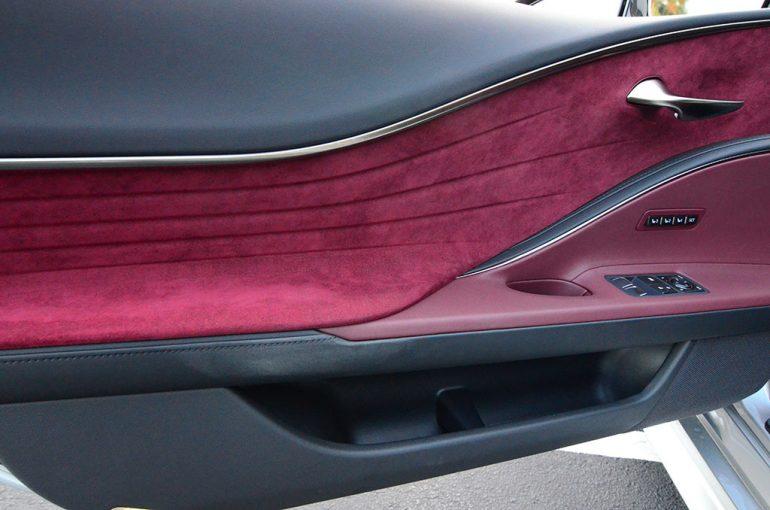 2018-lexus-lc-500-door-trim