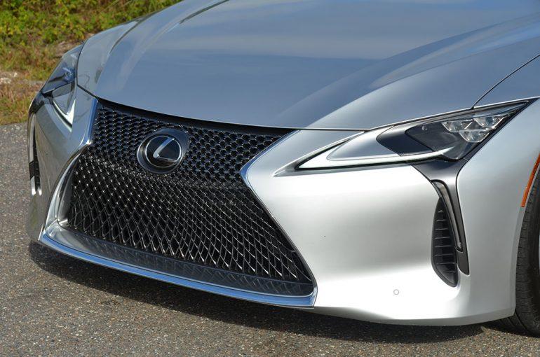 2018-lexus-lc-500-grille