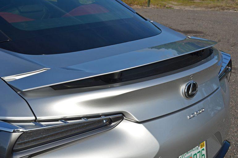 2018-lexus-lc-500-motorized-spoiler