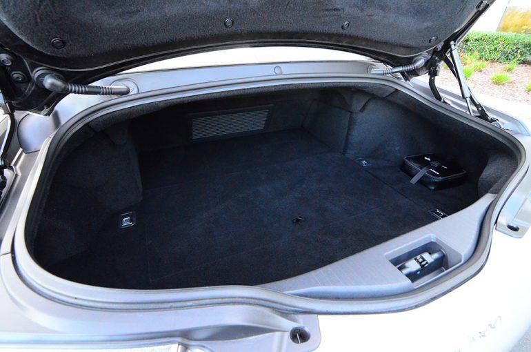2018-lexus-lc-500-trunk