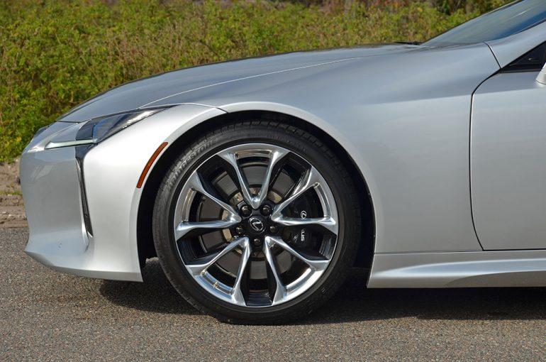 2018-lexus-lc-500-wheel-tire-brakes