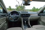2018-volkswagen-atlas-sel-v6-premium-4motion-dashboard