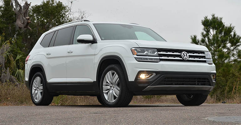 2018-volkswagen-atlas-sel-v6-premium-4motion-feature