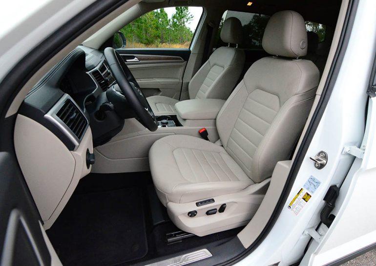 2018-volkswagen-atlas-sel-v6-premium-4motion-front-seats