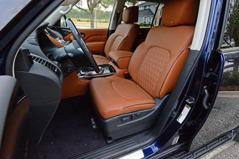 2018-infiniti-qx80-front-seats