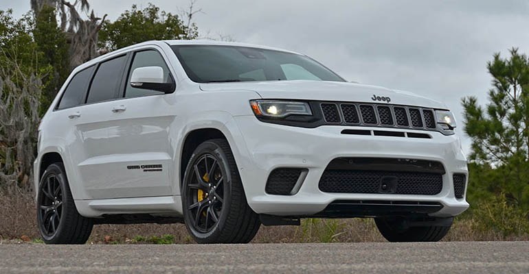 2018-jeep-grand-cherokee-trackhawk-feature