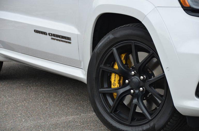 2018-jeep-grand-cherokee-trackhawk-wheel-tire-brakes