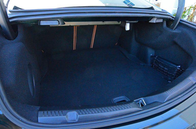 2018-mercedes-benz-e400-4matic-coupe-trunk