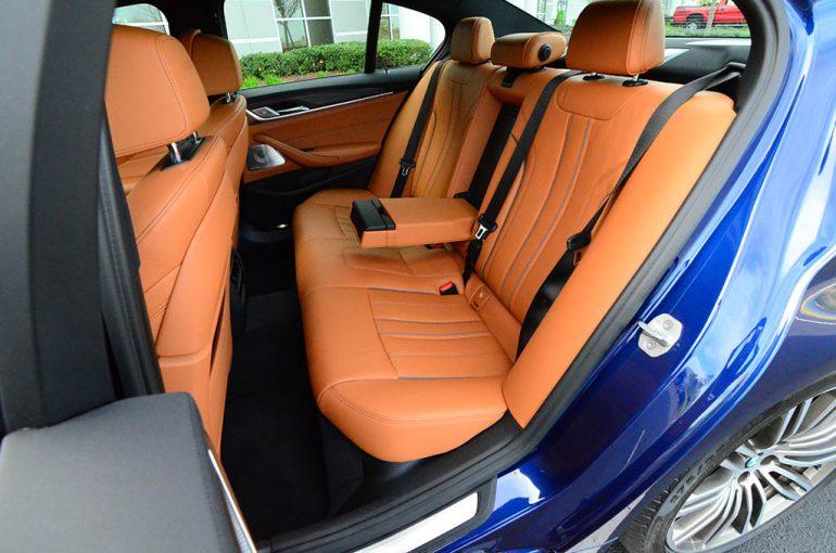 2018-bmw-m550i-xdrive-rear-seat
