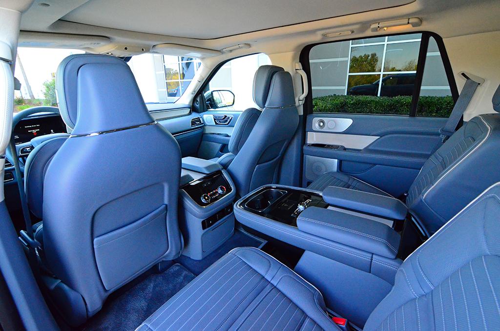 2018 lincoln navigator black label 4 4 review test drive for Lincoln navigator interior dimensions