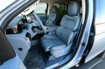 2018-lincoln-navigator-black-label-front-seats