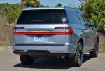 2018-lincoln-navigator-black-label-rear-2