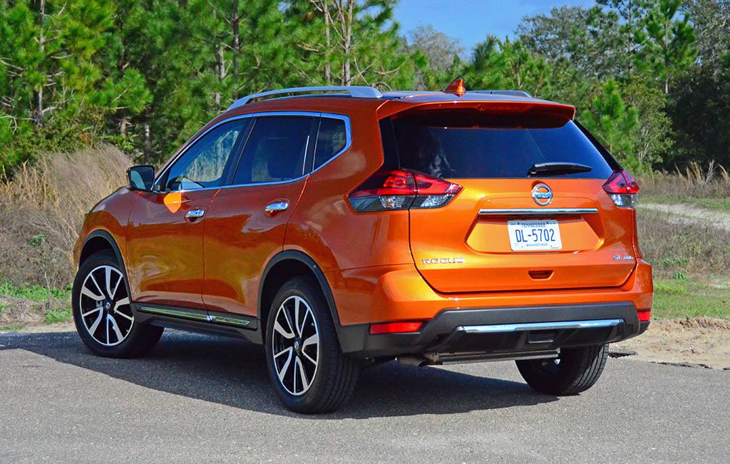 2018 nissan rogue sl awd review test drive. Black Bedroom Furniture Sets. Home Design Ideas