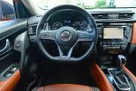 2018-nissan-rogue-sl-awd-steering-wheel