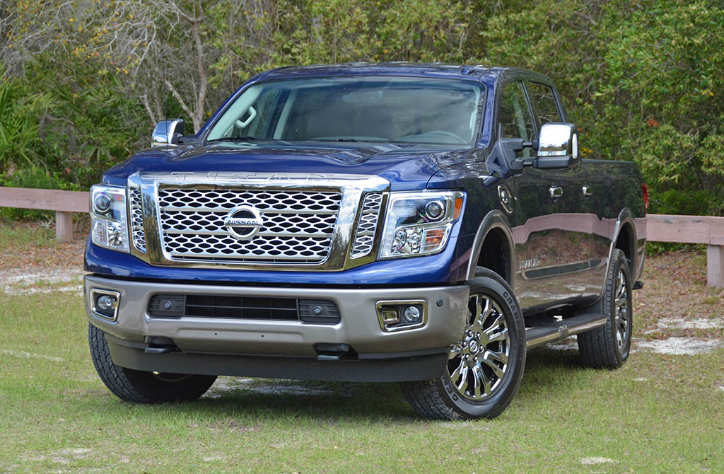 2018 nissan titan xd diesel crew cab review test drive. Black Bedroom Furniture Sets. Home Design Ideas