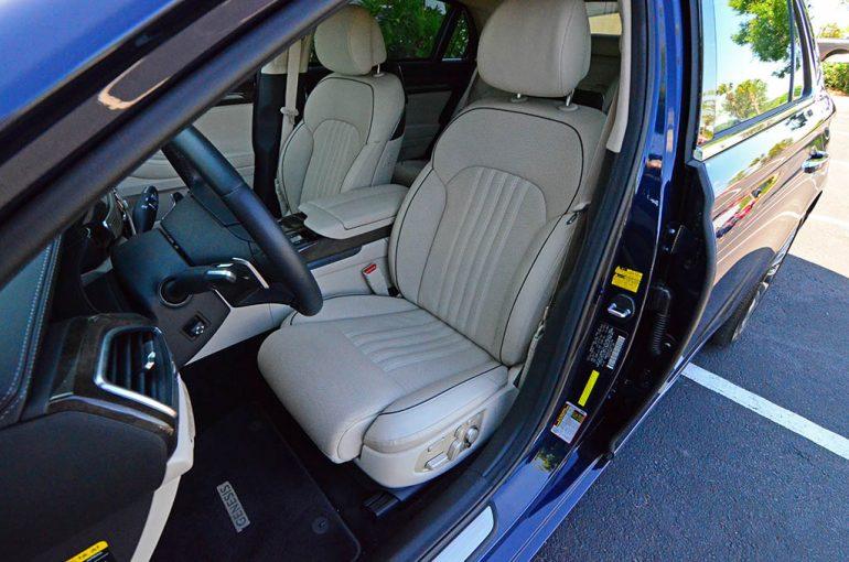 2018-genesis-g90-front-seats