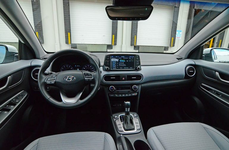 2018-hyundai-kona-unlimited-awd-dashboard