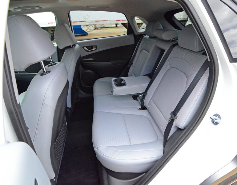 2018-hyundai-kona-unlimited-awd-rear-seats