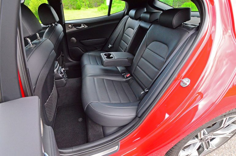 2018-kia-stinger-gt-rear-seats