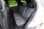 2018-land-rover-discovery-hse-luxury-second-row-seats
