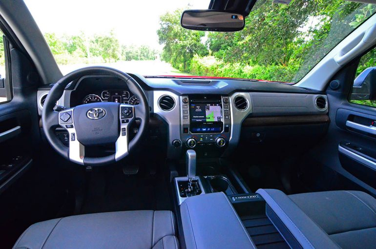2018-toyota-tundra-limited-dashboard