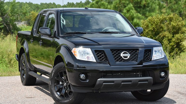 2018 Nissan Frontier SV V6 Crew Cab Midnight Edition 4×4 Review & Test Drive