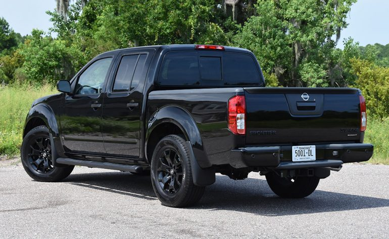 2018 nissan frontier v6 midnight edition 4x4 rear