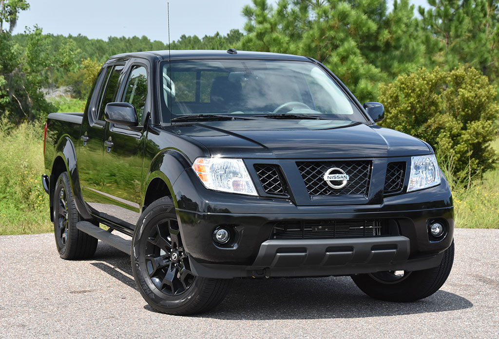 2018 Nissan Frontier Sv V6 Crew Cab Midnight Edition 4 4 Review