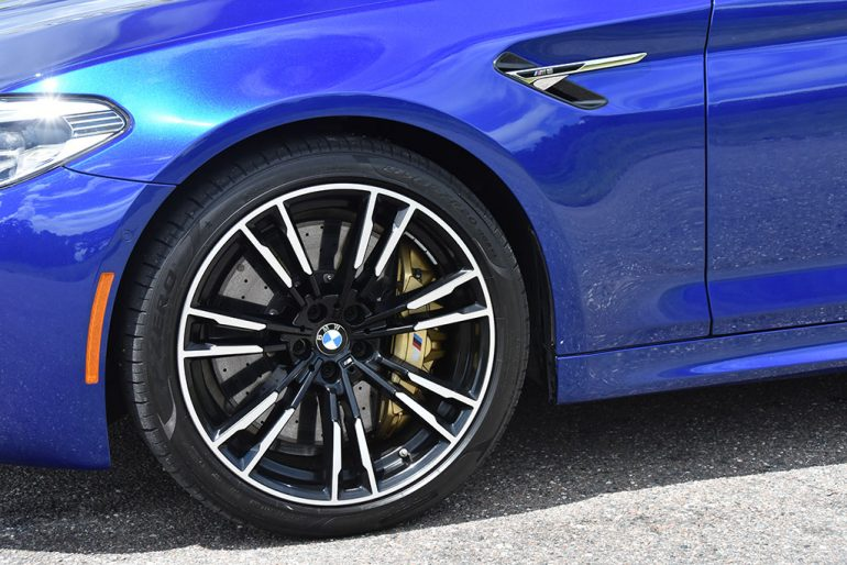 2018 bmw m5 wheel tire