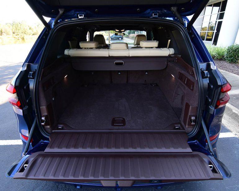 2019 BMW X5 xDrive50i cargo