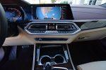 2019 BMW X5 xDrive50i center dashboard