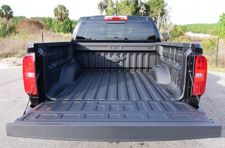 2019 Chevrolet Colorado 4WD Z71 Crew Cab Review & Test Drive